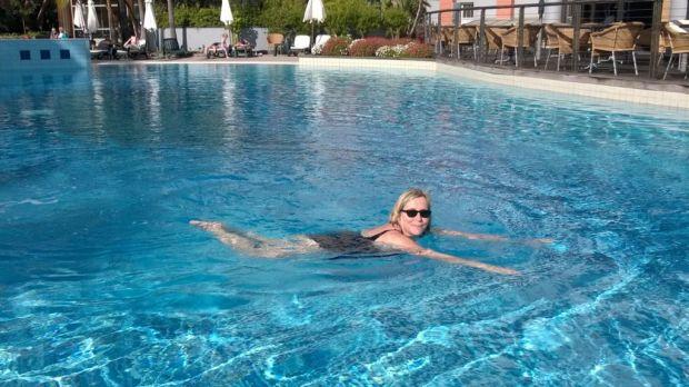 Enjoying the pool, Funchal