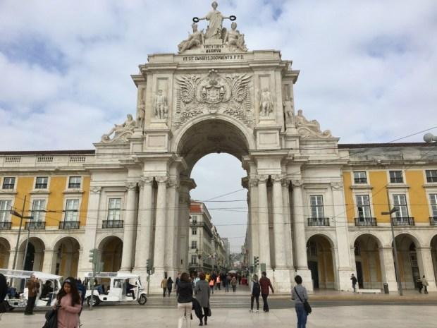 Touring Lisbon on tram 28: Praca do Comercio