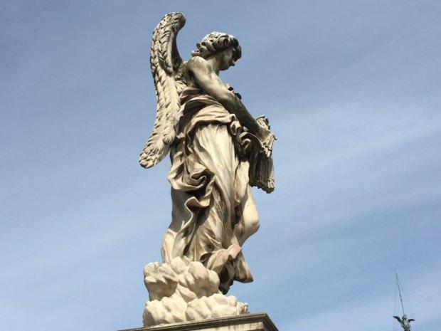 Tiber bridge statue, Rome