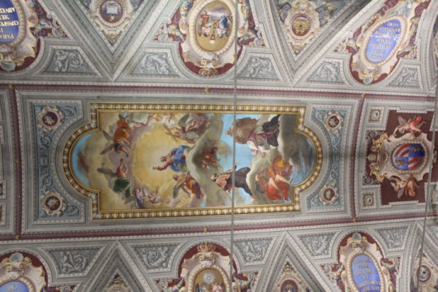 Chiesa del Caravita paintings