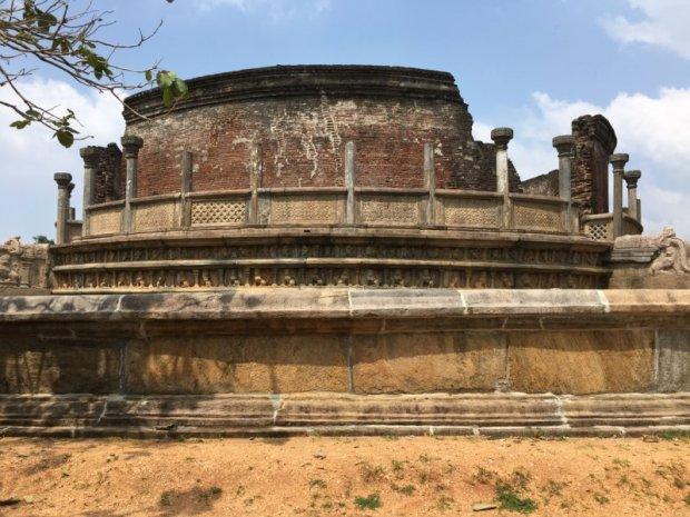 Central dagoba of the Vatadage