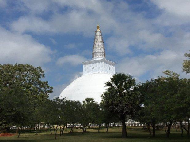 Sri Lanka's ancient cities: Ruwanwelisiya Dagoba, Anuradhapura