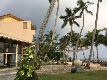 Insight Resort Ahangama beach