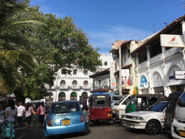 Traffic in central Kandy