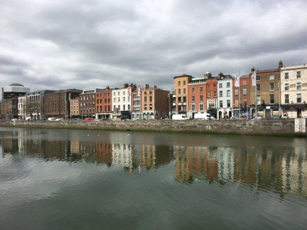 Self-guided Dublin walking tour: the Liffey