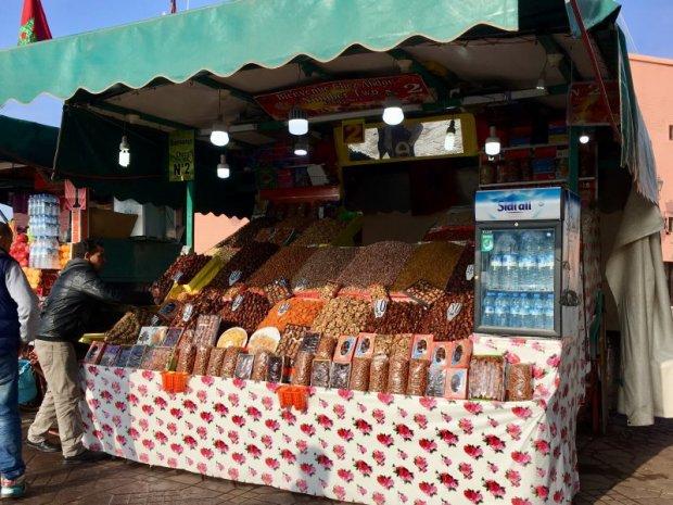 Jemaa el-Fna date seller