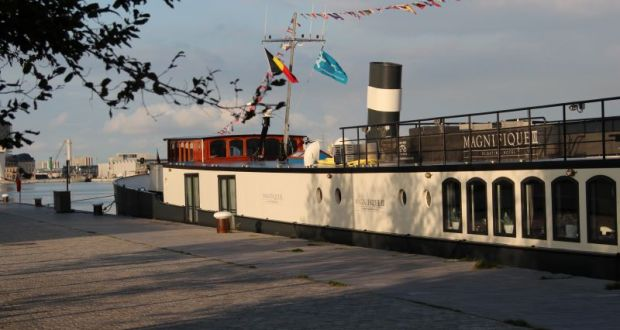 Magnifique III hotel barge in Antwerp