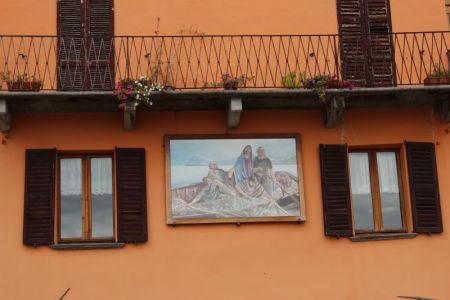 Menaggio house wall