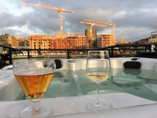 River cruising through Belgium and the Netherlands: jacuzzi, beer and wine
