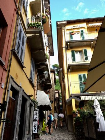 Steep lane of Bellaggio