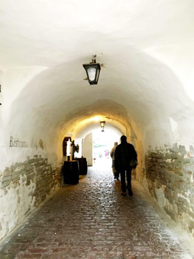 Katariina Kaik arch, Tallinn Old Town