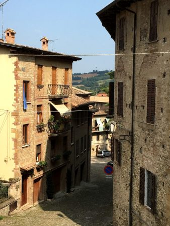 Italy's prettiest villages: the hilltop Castell'Arquato