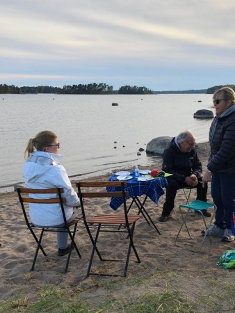 Barbecue evening on Kallvik beach