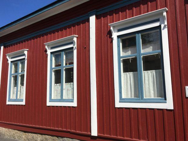 Kaskö windows, Ostrobothnia in a campervan