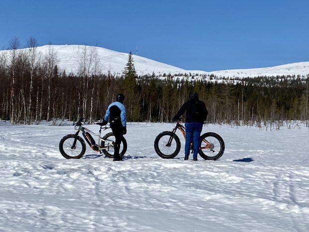 Arctic Lapland spring: fatbiking in the fells