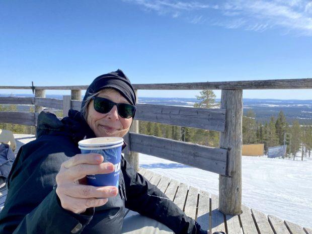 Cheers! Skiing in April, Ylläs, Lapland