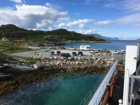Queue to Andenes-Gryllefjord ferry