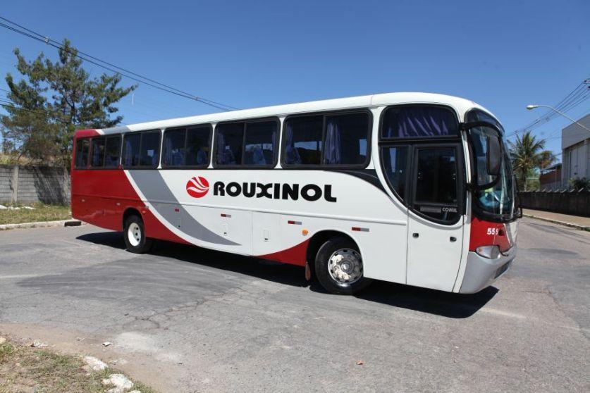 Ônibus M. Benz 2005 - 48 lugares - Comil