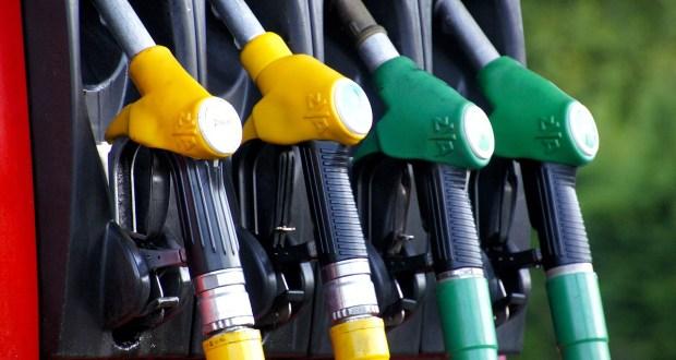 Benzina, foto generica da Pixabay