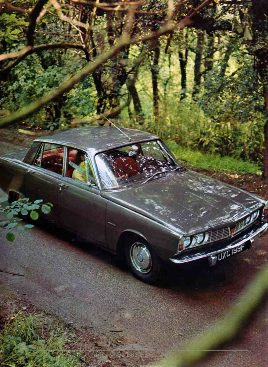 Brochure - 1968 - Rover - Page 05