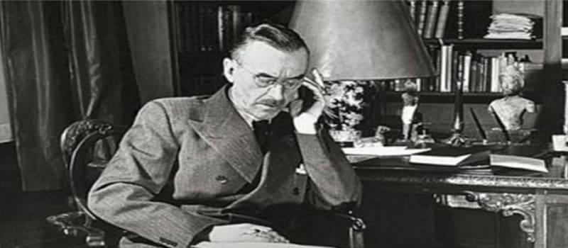 Τόμας Μαν: «Ο αντικομμουνισμός είναι η μεγαλύτερη βλακεία της εποχής μας»