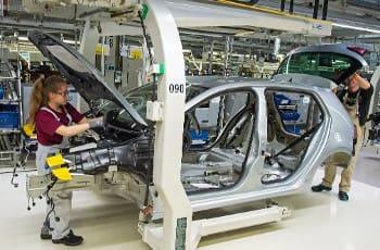 Γερμανία: Απειλούνται πάνω από 400 χιλιάδες θέσεις εργασίας έως το 2030