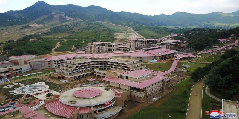 Hot Spring Resort - Βόρεια Κορέα