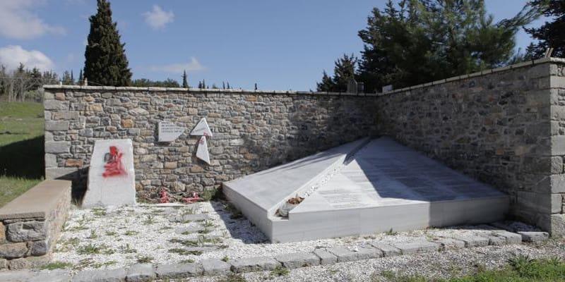 Εν ενεργεία στρατιωτικός ο δράστης του βανδαλισμού μνημείου του ΚΚΕ στην Τρίπολη