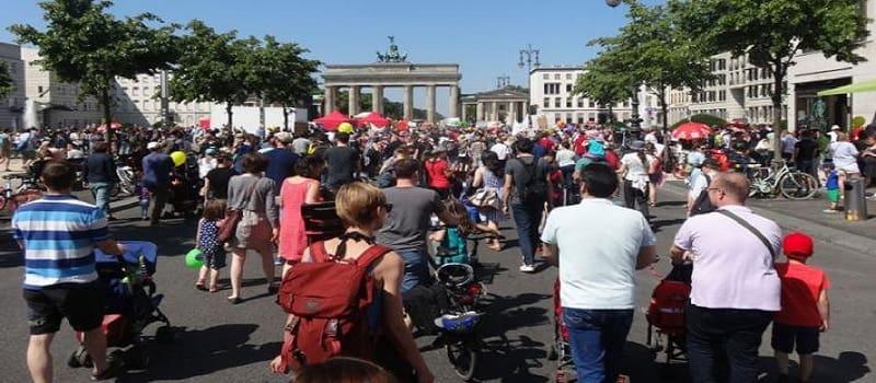 Η εργασιακός παράδεισος της Γερμανίας «Burn-out» ή «B-job»
