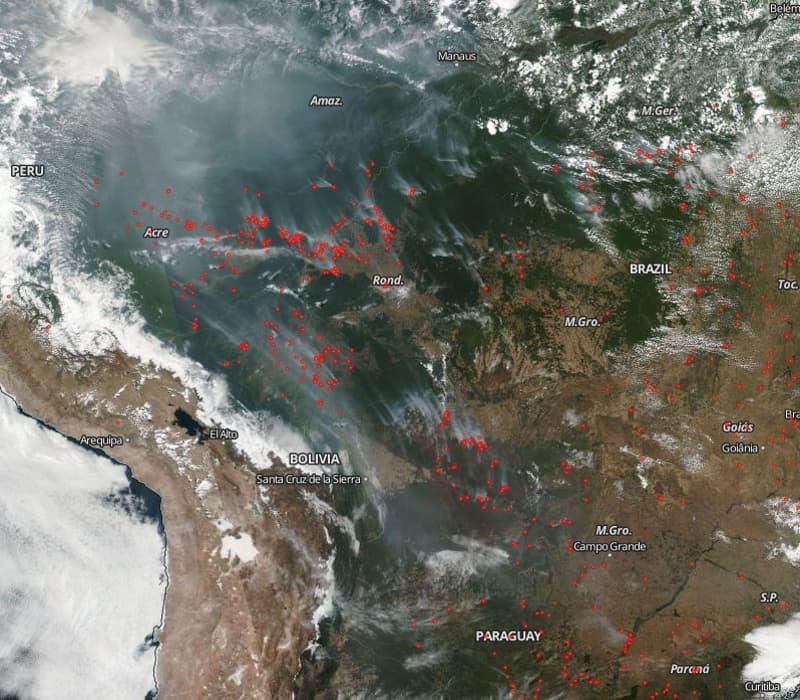 Δορυφορική εικόνα των πυρκαγιών