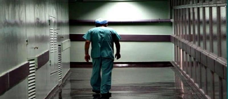 Χιλιάδες παραιτήσεις υγεινομικών στη Σουηδία