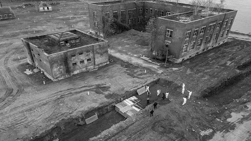 Νήσος Χαρτ - Η σκοτεινή ιστορία του νεκροταφείου των απόκληρων της Νέας Υόρκης