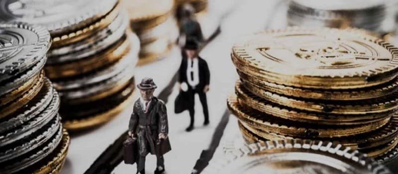 Πιο πλούσιοι από ποτέ οι δισεκατομμυριούχοι στον πλανήτη