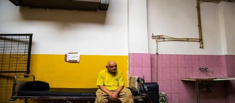 Ποινές φυλάκισης για όσους άστεγους κοιμούνται στο δρόμο