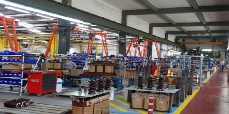 Τελικά ποιος κλείνει τα εργοστάσια; Το παράδειγμα της «Schneider Electric»