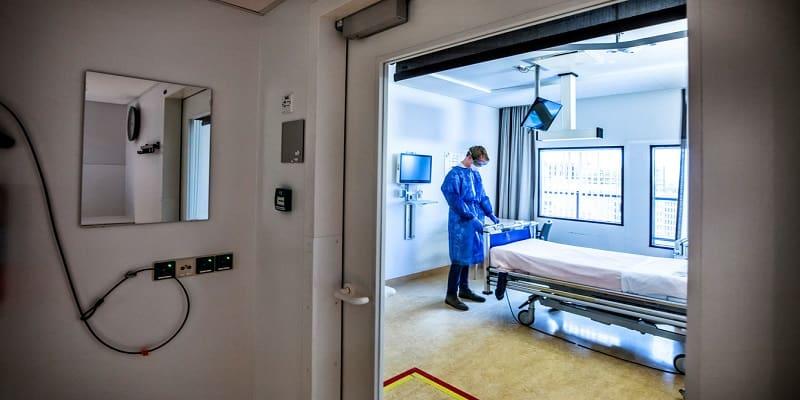 Το 75% των νεκρών στην Ολλανδία δεν εισήχθη ποτέ σε ΜΕΘ