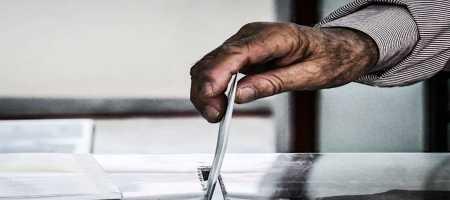 Ψήφος Αποδήμων: Αφού τους έδιωξαν, τώρα ψηφοθηρούν στις πλάτες τους