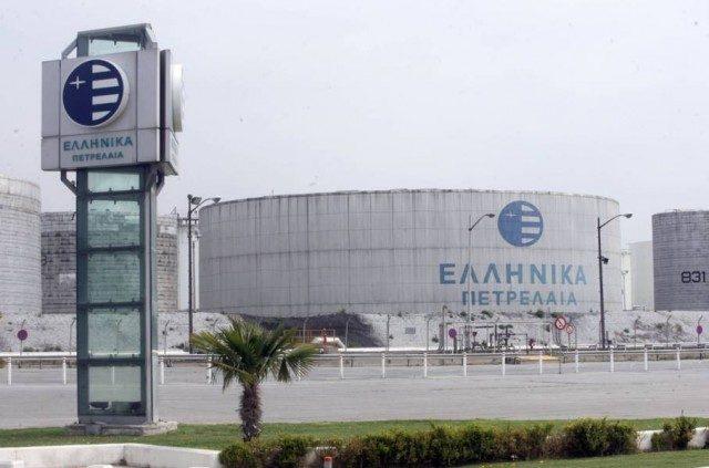 Σύσκεψη σωματείων για τη ρύπανση και τη δυσοσμία των ΕΛΠΕ στην Ελευσίνα