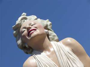 26 feet of Marilyn Monroe