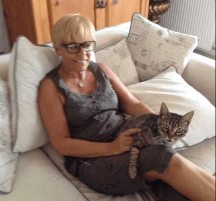 Jay Artale Trusted Housesitters with Herbie the Cat