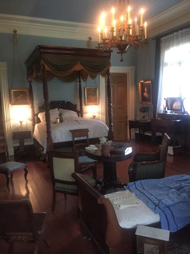 bedroom Oak Alley Plantation