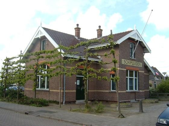 Het oude tramstation in Schipluiden