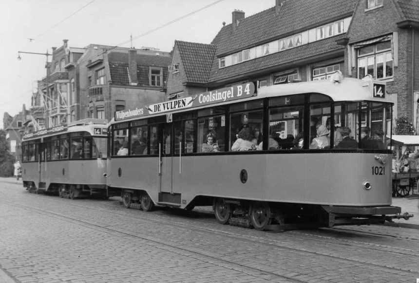 Aanhangrijtuig 1021, lijn 14, Straatweg, in de oorspronkelijke uitvoering.