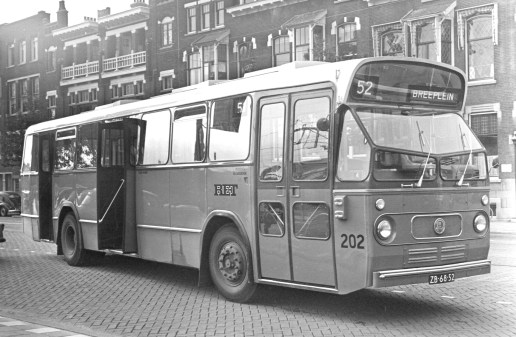Bus 202, lijn 52, Stationssingel