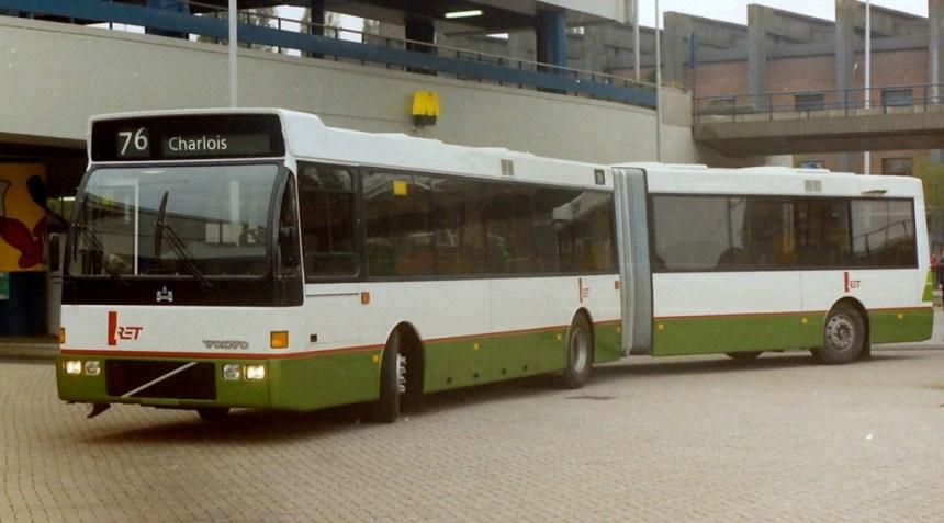 Volvo-Hainje Duvedec Europa 2000, tijdens een proefrit als lijn 76 op het Zuidplein, 28-10-1988