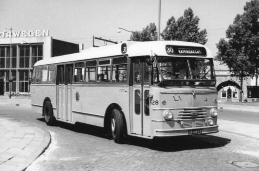 Bus 628, Kromhout-Verheul (ex GVA),  lijn 30, Station Hofplein