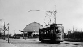 EMR 142, lijn , Station Maas