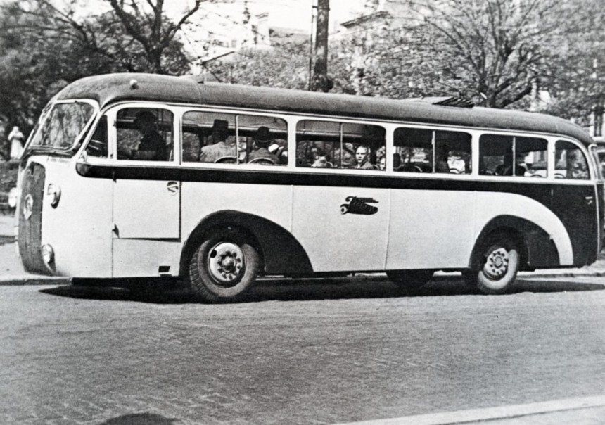 Particuliere busonderneming R.A.G.O.M., Kromhout nr. 20, Groote Markt, 1939