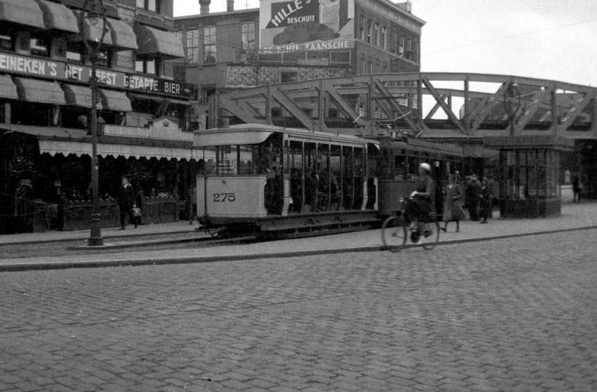 Het zuidelijke wachthuisje op het Hofplein, 1932