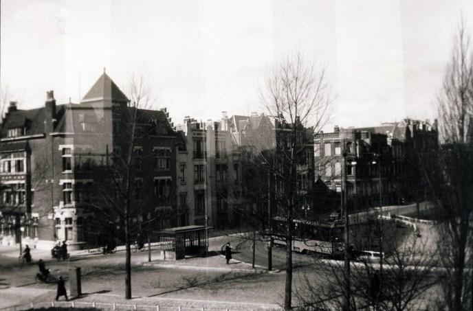 Proveniersplein, links de Stationssingel, boven de Spoorsingel, lijn 6, 1939